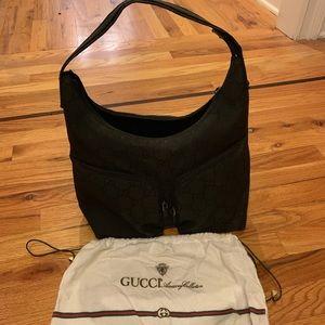 Gucci black medium handbag